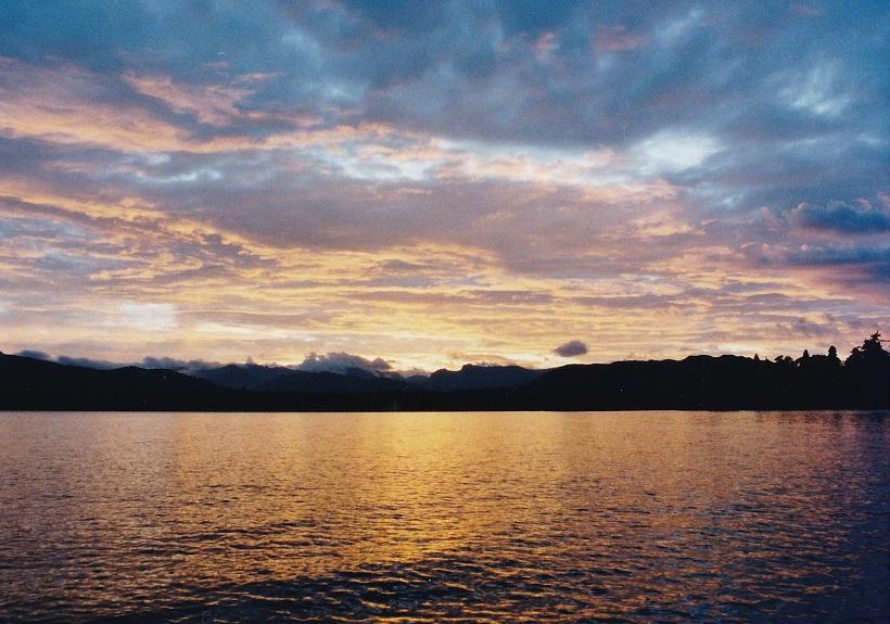 ウィンダミア湖夕焼け