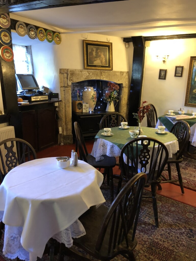 ブリッジルームス『The Bridge Tea Rooms』の店内