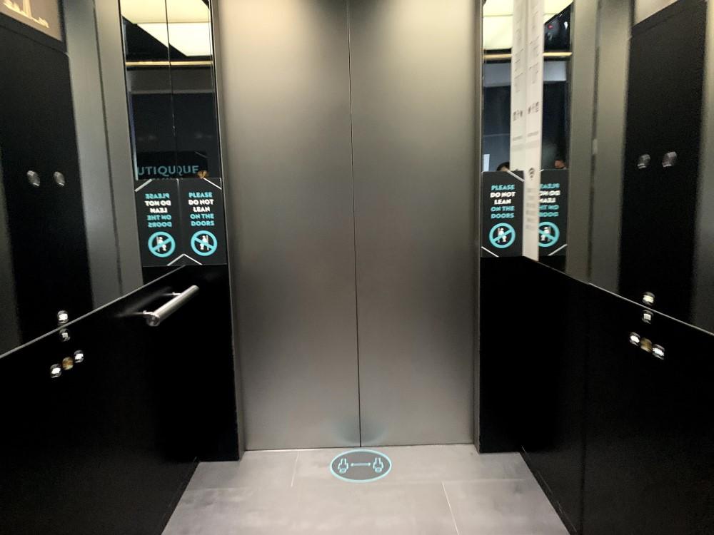 シャードのエレベーター