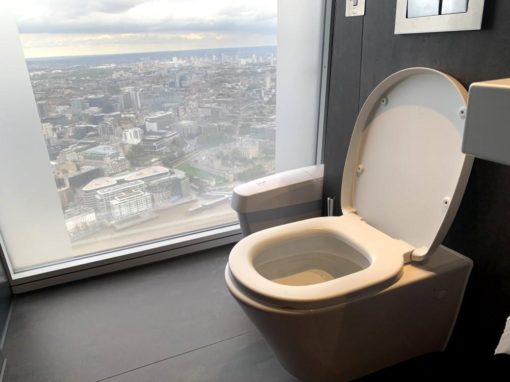 展望フロアのトイレ