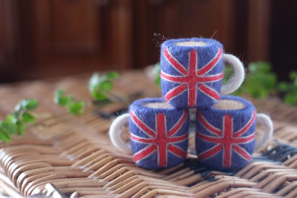羊毛フェルトマグカップ