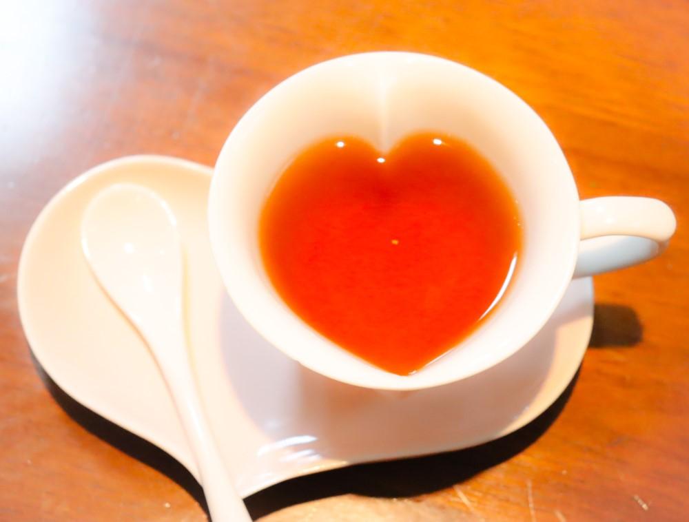ハート形の紅茶