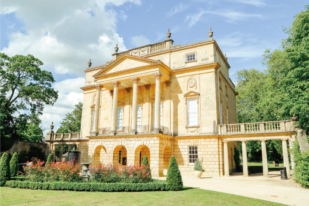 ダンベリー夫人の邸宅