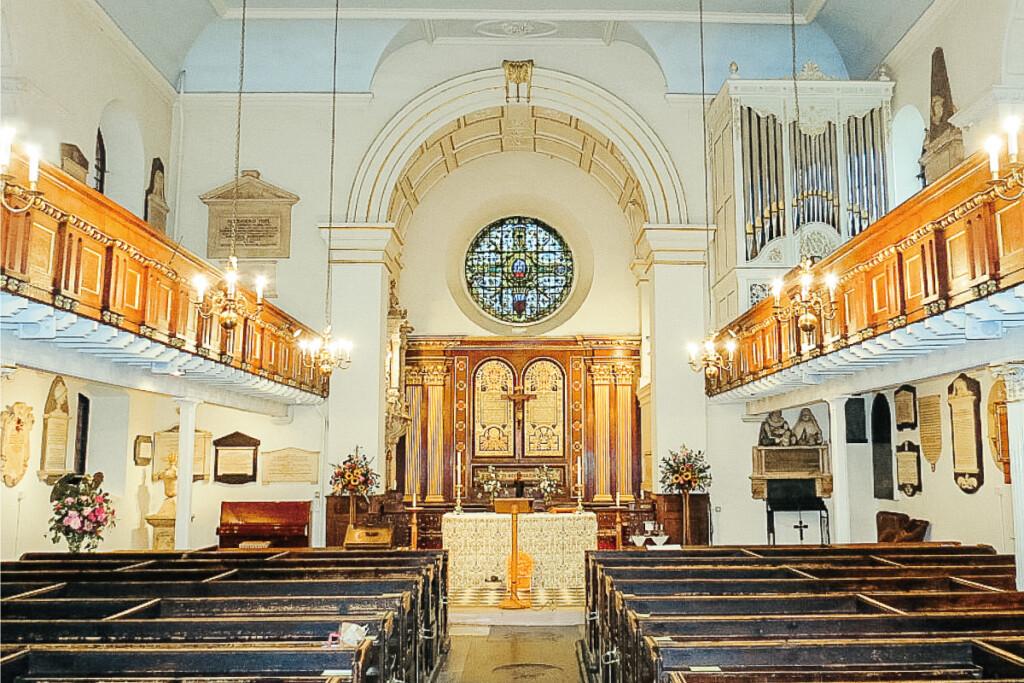 聖マリア教会(St Mary's Church)