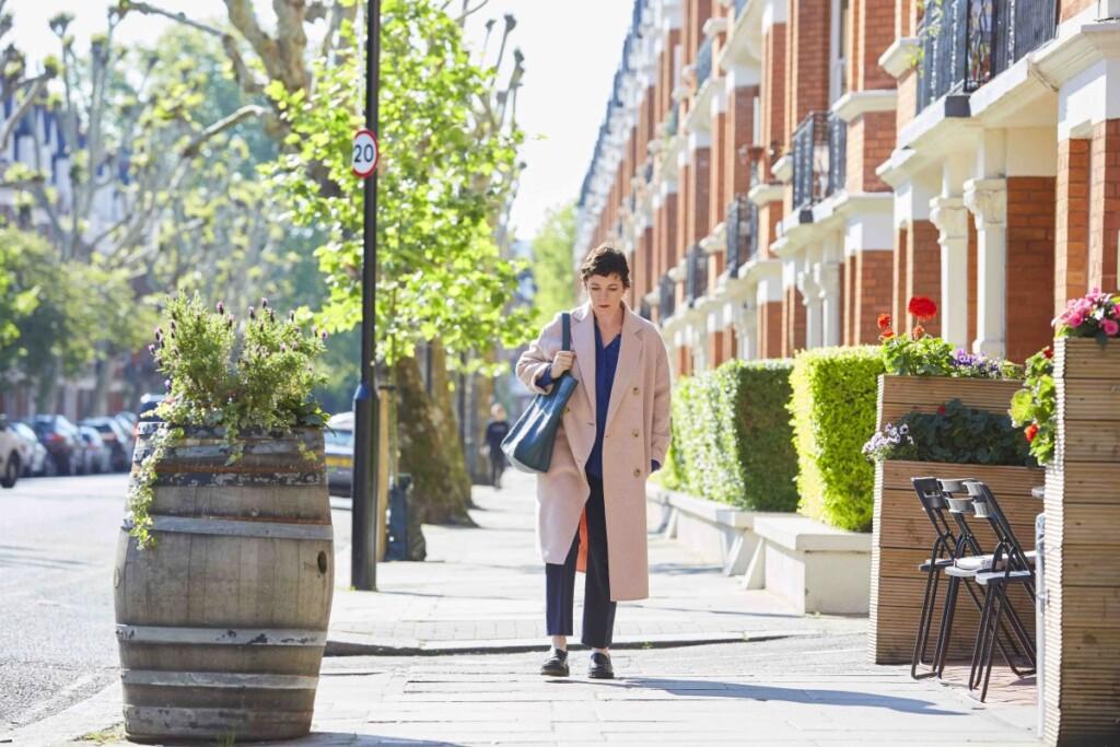 ロンドンの街を歩く、娘アン