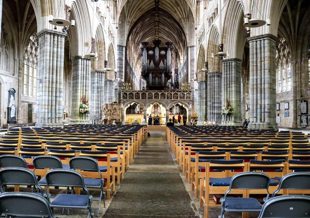 エクセター大聖堂の内部