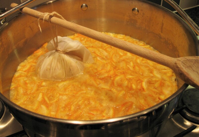 プリザービングパンを使って作るマーマレード