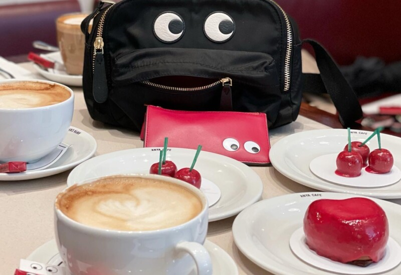 カフェでティータイム
