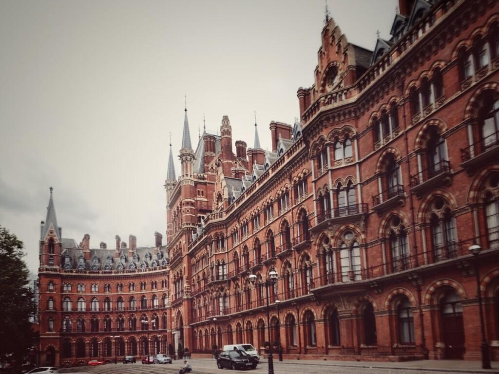 赤煉瓦のロンドンの建物