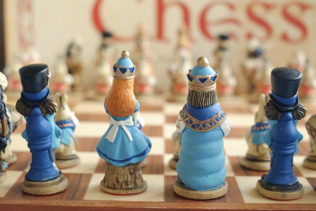 UK Walkerオンラインストアで販売中のチェスセット