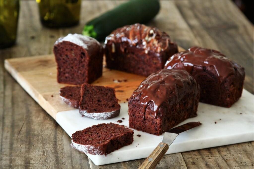 チョコレートで仕上げたズッキーニチョコレートケーキ