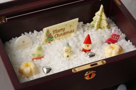 アフタヌーンティーセットのお菓子のクリスマスボックス